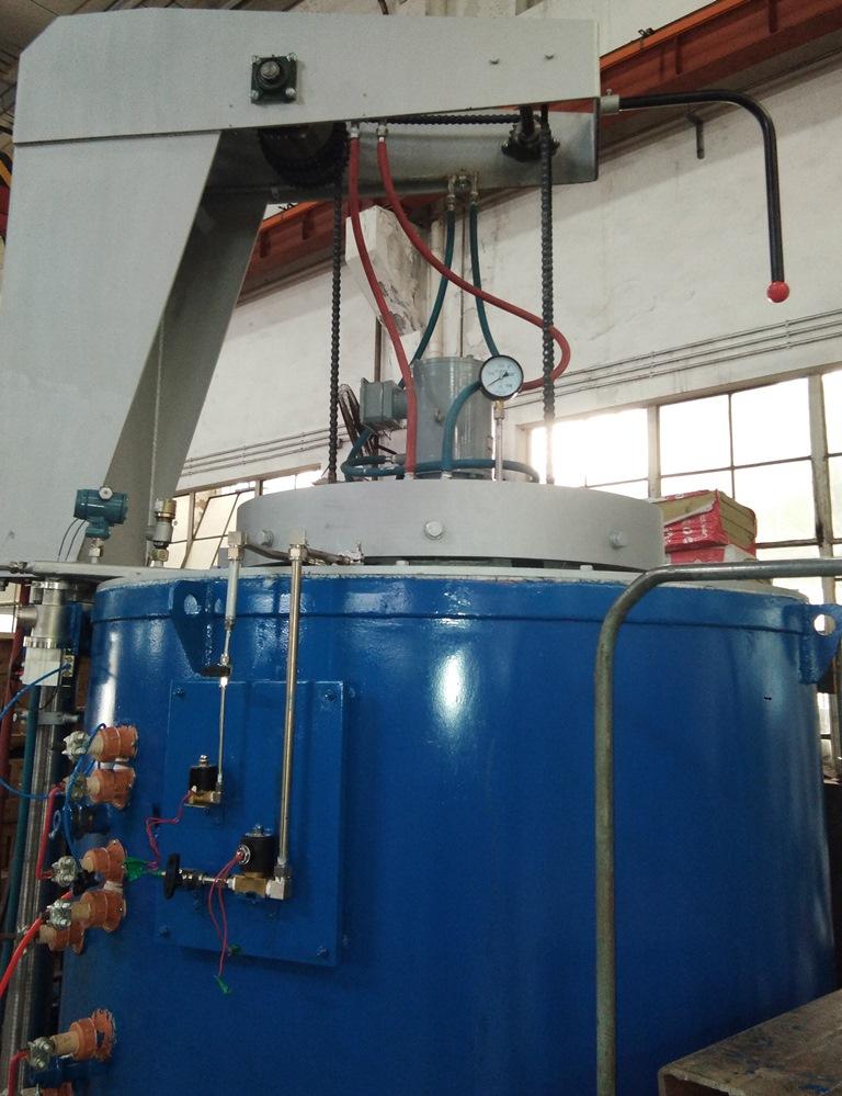 预抽真空井式电阻炉