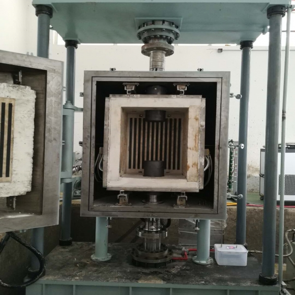 真空热压炉工作区域
